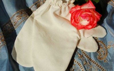 Garshan – Massagehandschuh befreit das Gewebe von Schlackenstoffe