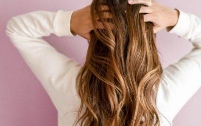 Mit Khadi Pflanzenhaarfarben die Haare färben!